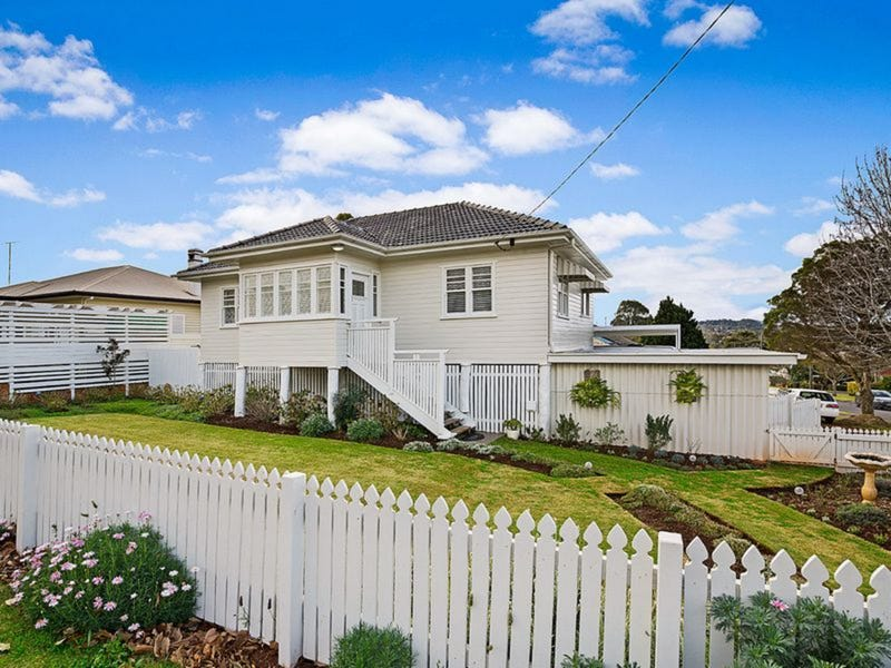 127 Perth Street, South Toowoomba, Qld 4350