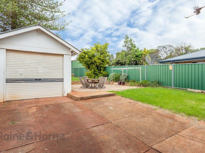 38B Haig Street, South Toowoomba, Qld 4350