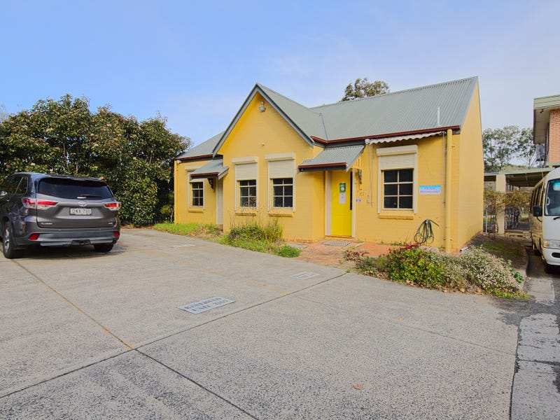 2/67 Menangle street, Picton, NSW 2571