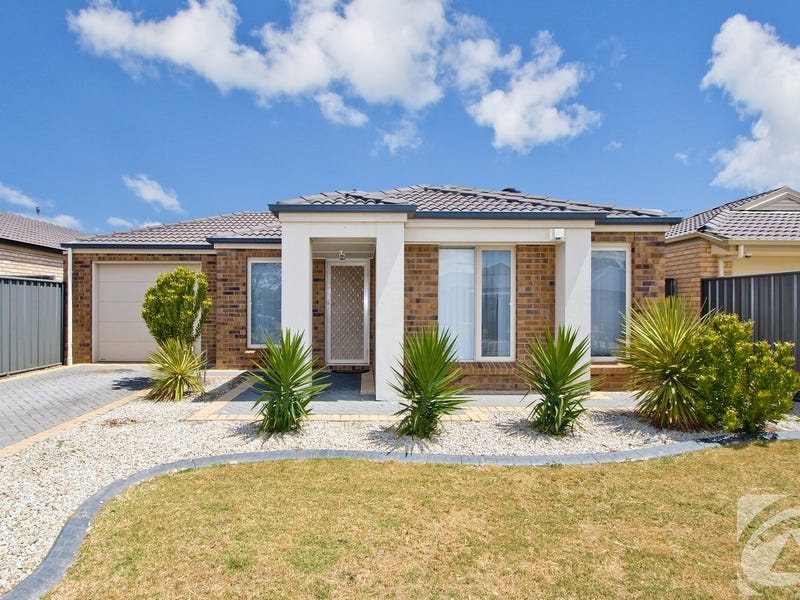 100 Lakeside Drive, Andrews Farm, SA 5114