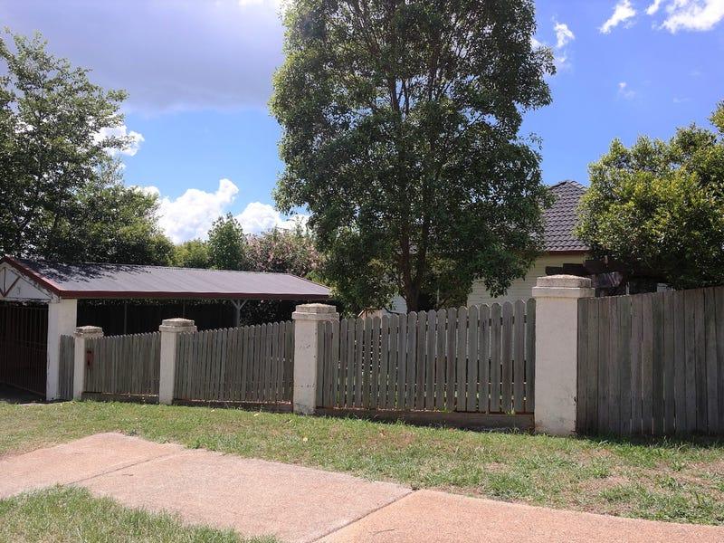 26 Ramsay Street, South Toowoomba, Qld 4350