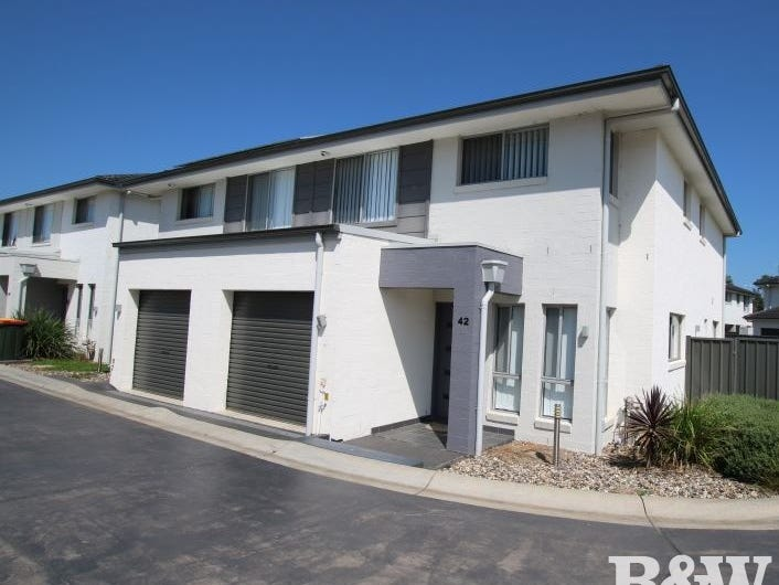 42/30 Australis Drive, Ropes Crossing, NSW 2760