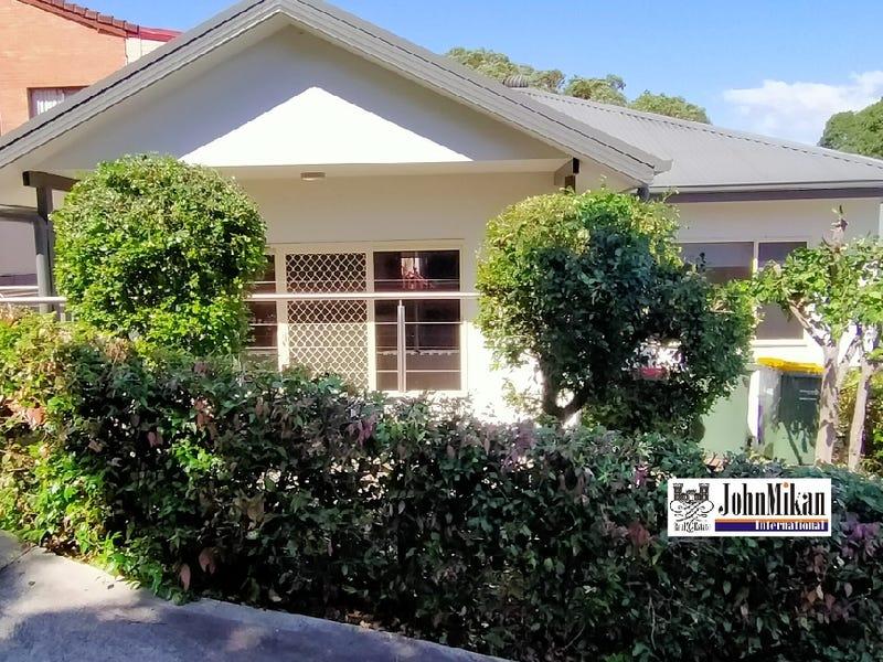 1 123A Woronoora Crescent, Como, NSW 2226