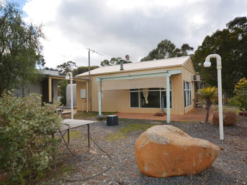105 Old Glenorchy Road, Stawell, Vic 3380