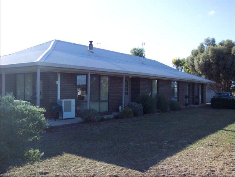 153 Graham Road, Lake Bolac, Vic 3351