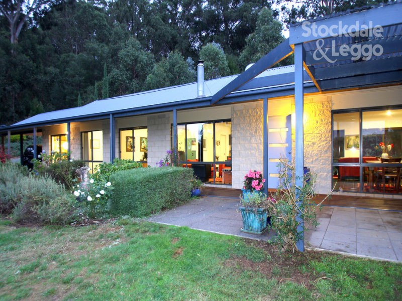 2450 Grandridge Road, Hallston, Vic 3953