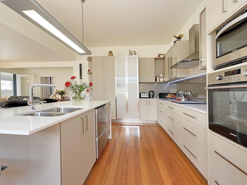 13 Powell Street, Sandy Bay, Tas 7005