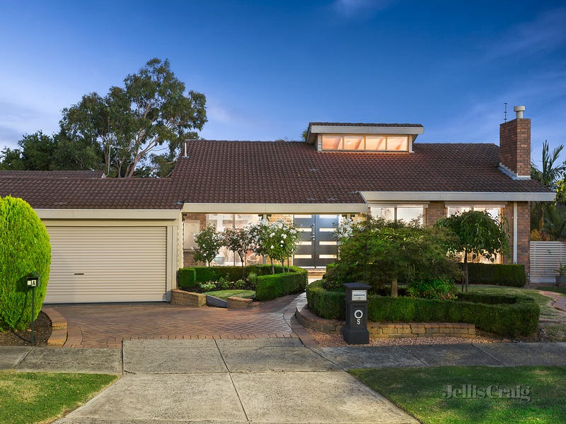 5 Paulette Close, St Helena, Vic 3088