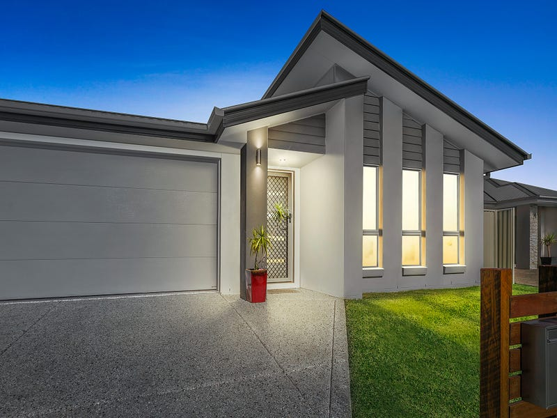 99 Bells Reach Drive, Caloundra West, Qld 4551