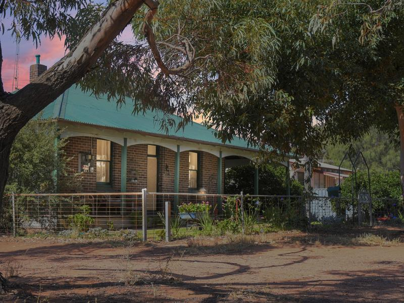 25-27 Queen Street, Barmedman, NSW 2668