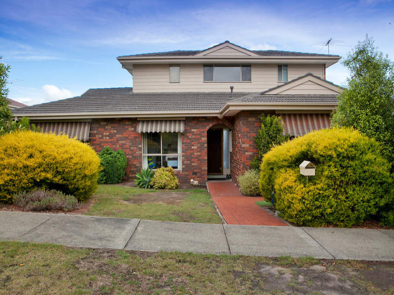 23 Zachary Hicks Crescent Endeavour Hills Vic 3802 Property Details