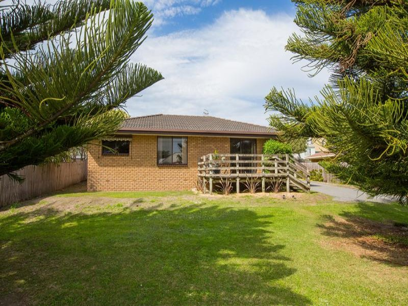 1/134 Griffith Street, Port Fairy, Vic 3284
