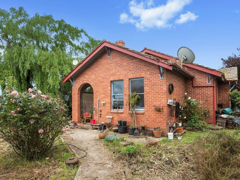 2010 Princes Highway, Pirron Yallock, Vic 3249