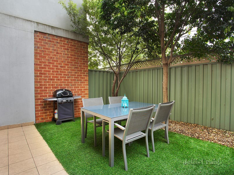 25/2 Newmarket Way, Flemington, Vic 3031