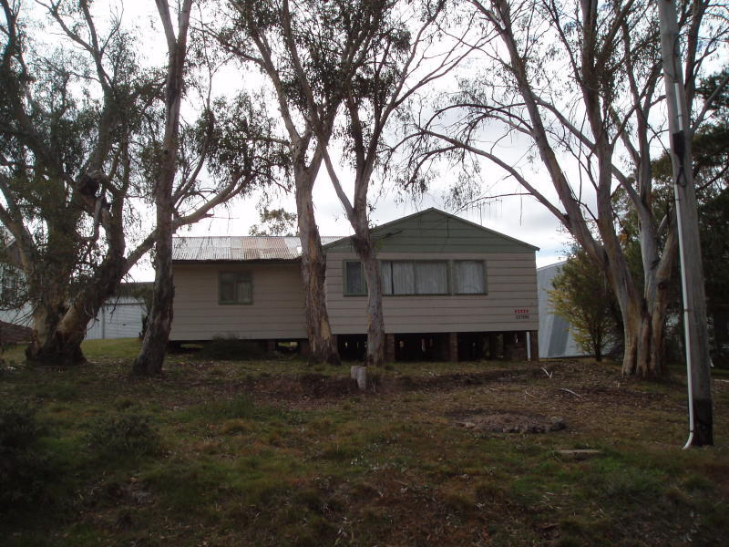 6 Peninsula Road, Anglers Reach, NSW 2629