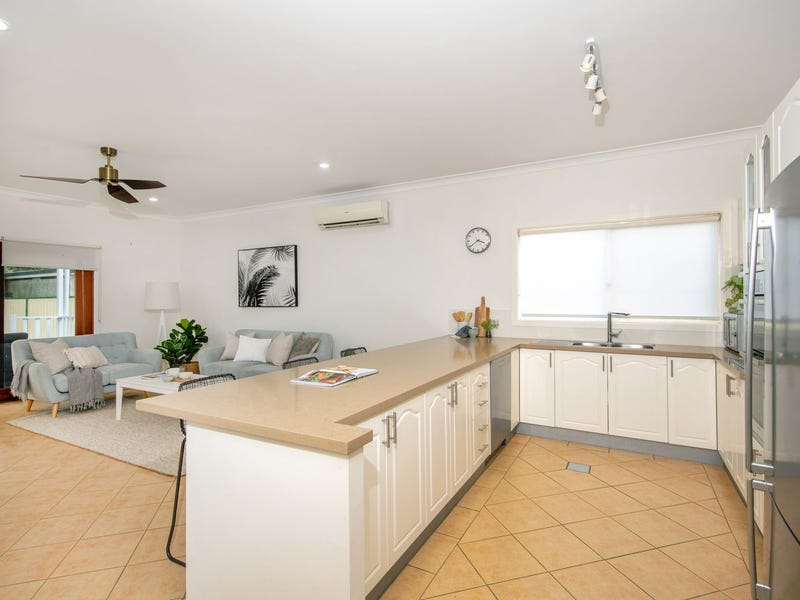 21 Randall Parade, Adamstown Heights, NSW 2289