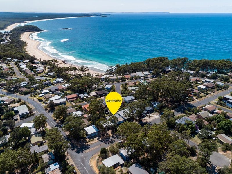6 Bannister Head Road, Mollymook Beach, NSW 2539