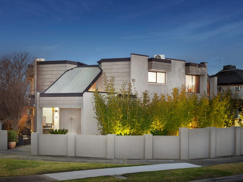 20 College Parade, Keilor East, Vic 3033