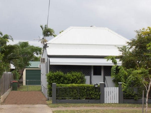 64 Stagpole Street, West End