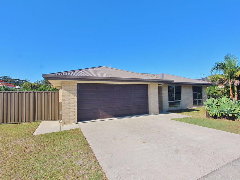4 Alexander Close, Dunbogan, NSW 2443