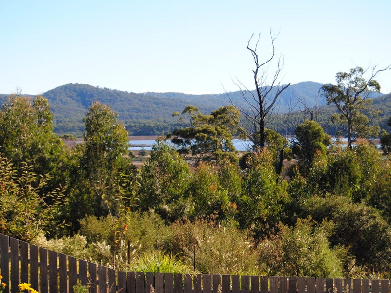 21 Riverview Road, Scamander, Tas 7215