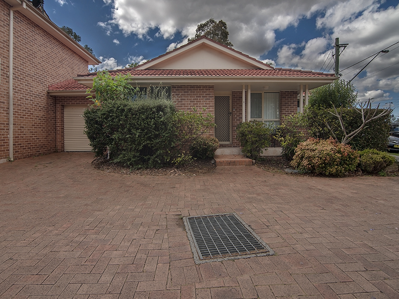 1/136 Heathcote Road, Hammondville, NSW 2170