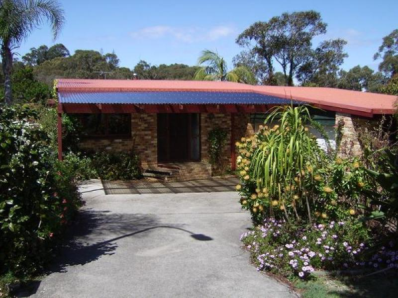 10 Roy Sanders Place, South West Rocks, NSW 2431