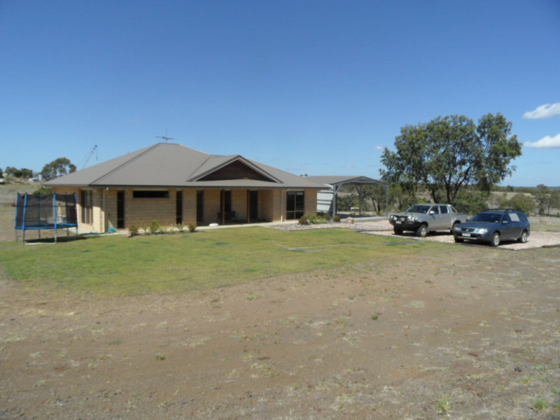 9  Bill Lane Drive, Springsure, Qld 4722