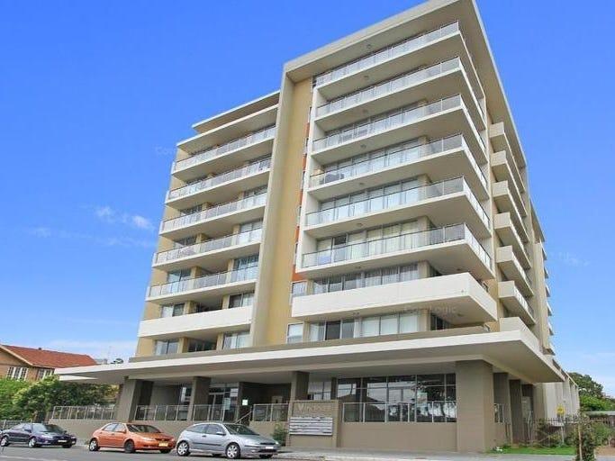 121/30 Gladstone Avenue, Wollongong
