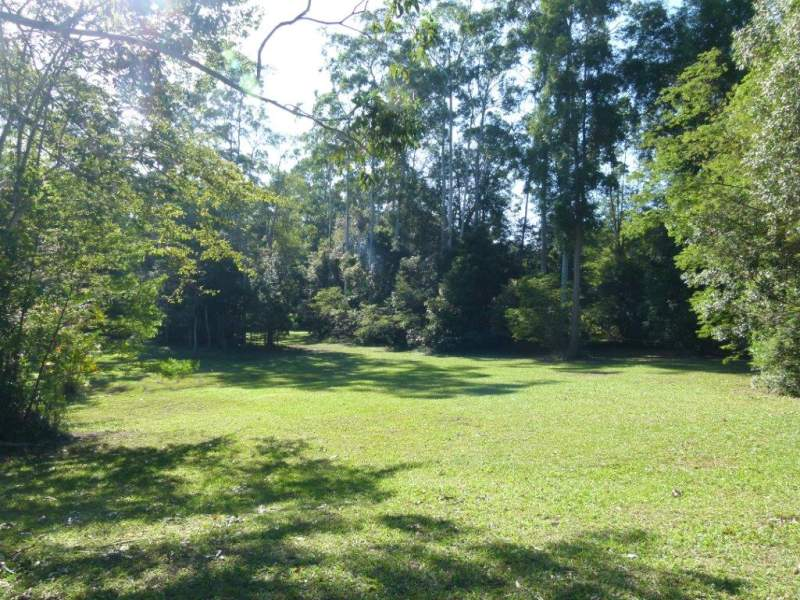 213 Forest Acres Dve, Lake Macdonald, Qld 4563