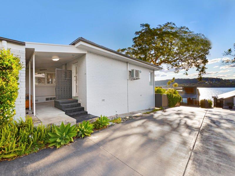 2/20 Eulalia Avenue, Point Frederick, NSW 2250