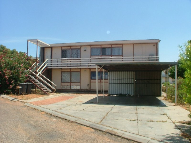 15 and 16, 1 Hearn Place, Carnarvon, WA 6701