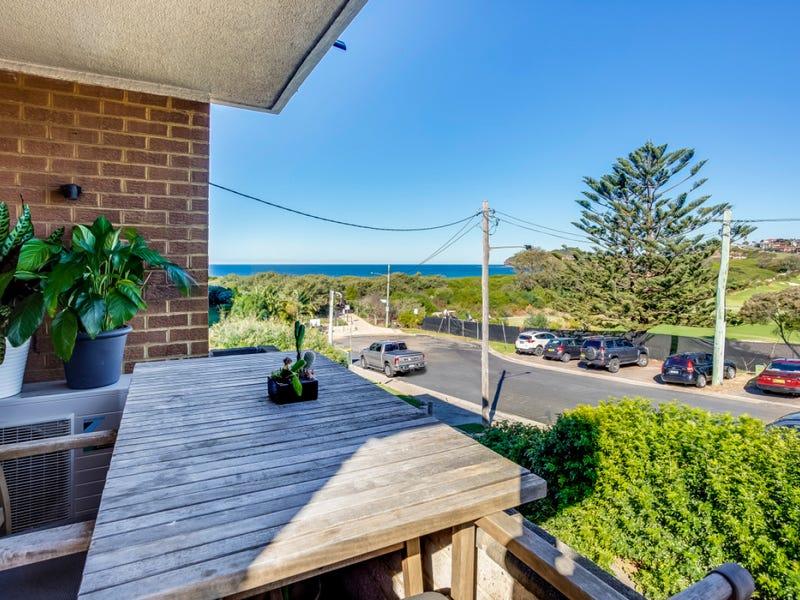 2/56 Golf Avenue, Mona Vale, NSW 2103