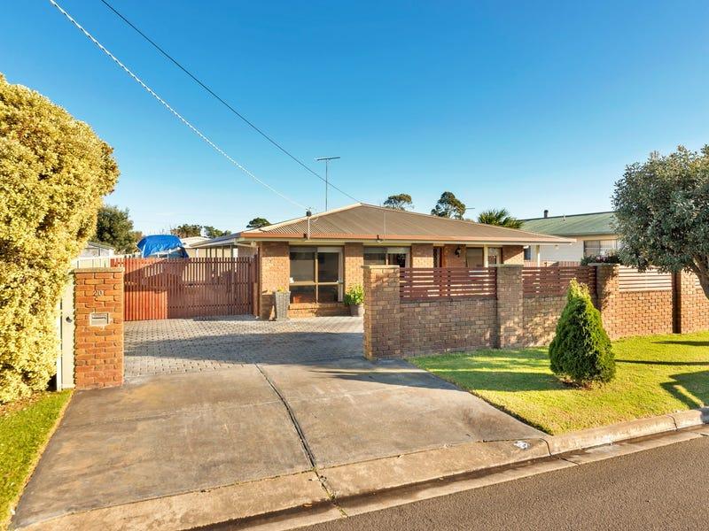 20 Flinders Road, St Leonards, Vic 3223