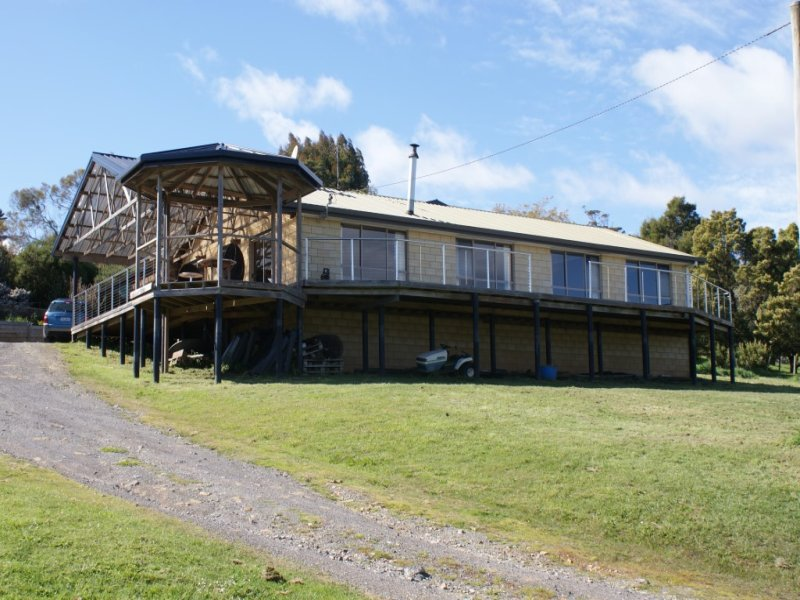 105 Leith Road, Leith, Tas 7315