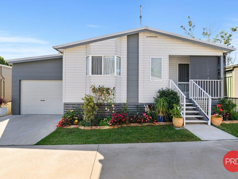 4/369 Pine Creek Way, Bonville, NSW 2450