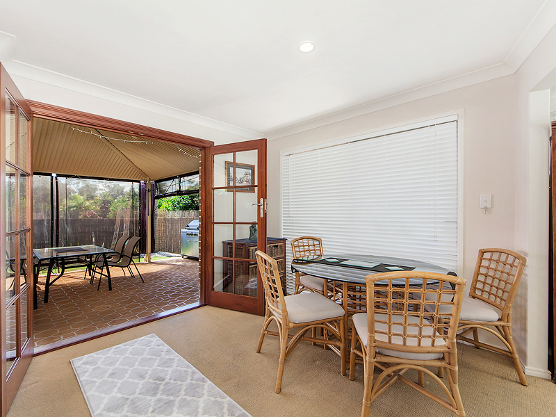12 Drake Place, Forest Lake, Qld 4078