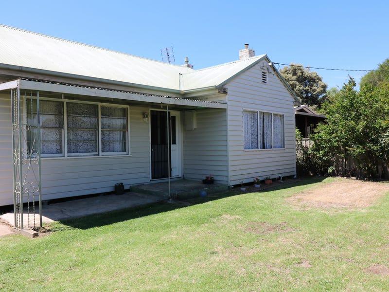 48 Oak St, Seymour, Vic 3660