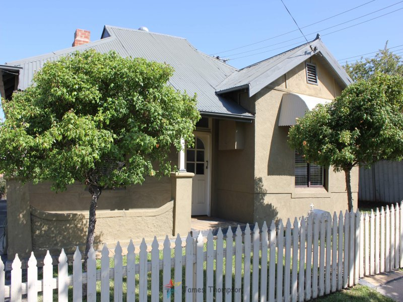 186 Seymour Street, Bathurst, NSW 2795