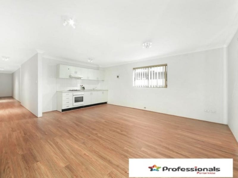 5/8-10 Fourth Avenue, Blacktown, NSW 2148