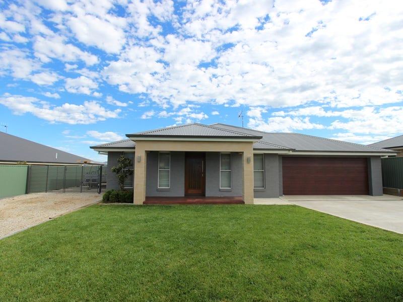 69 Swanbrooke Street, Windradyne, NSW 2795