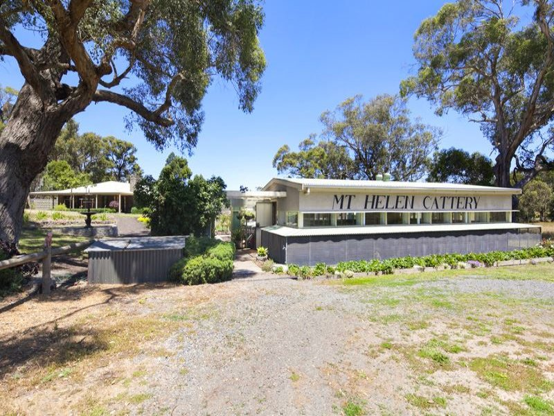 69 Bergs Lane, Mount Helen, Vic 3350