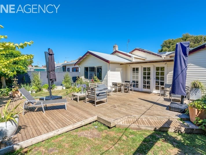 90 Steele Street, Devonport, Tas 7310