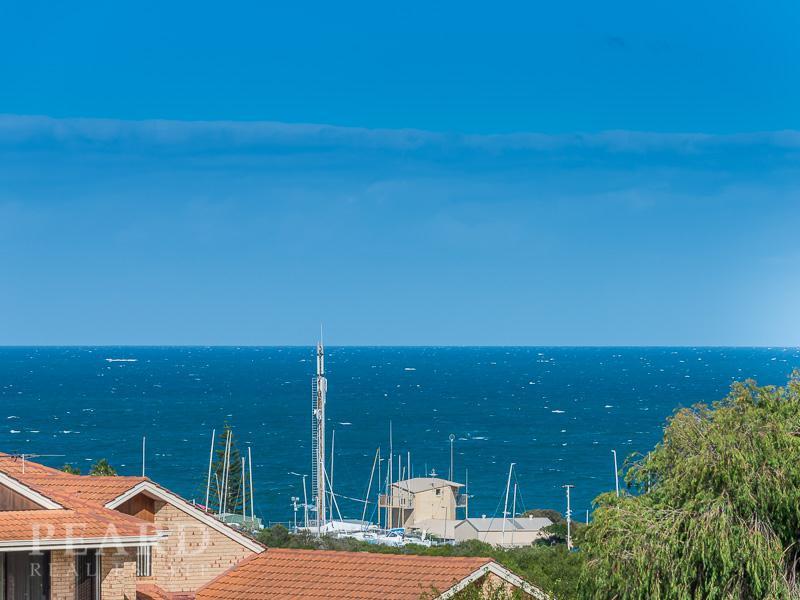 8 Jutland Rise, Ocean Reef, WA 6027