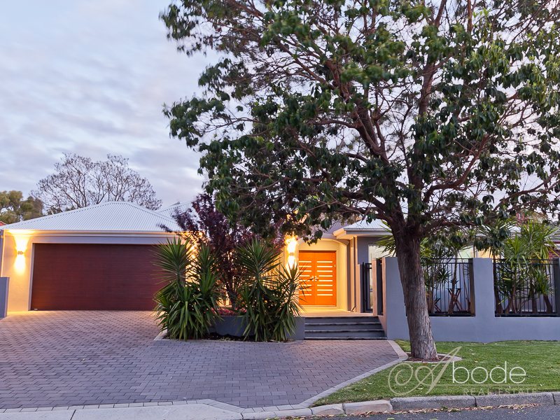 18 Moorhouse Street, Willagee, WA 6156