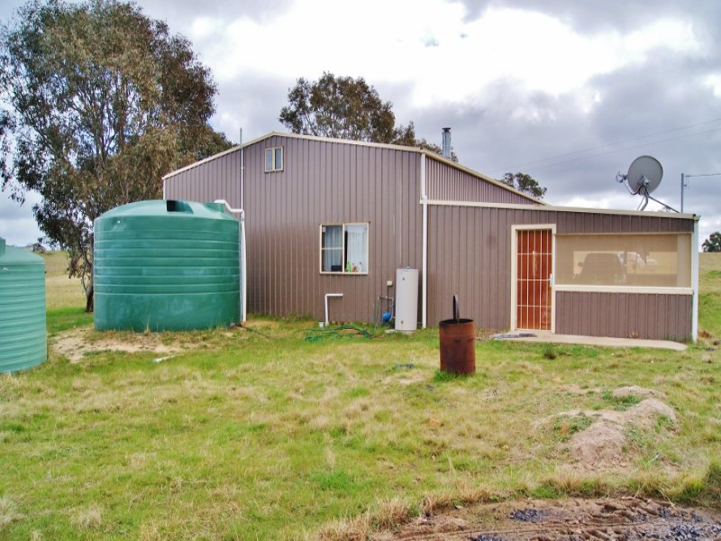 181 Elliotts Road, Crowther, NSW 2803