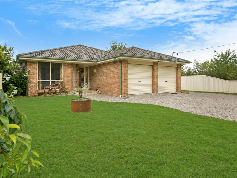 8 Station Road, Aylmerton, NSW 2575