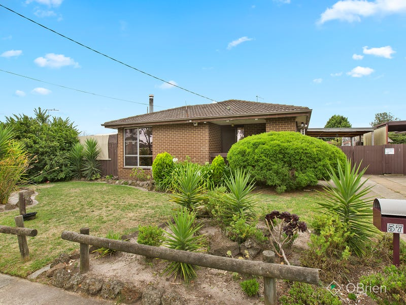 57 Robertson Drive, Mornington, Vic 3931