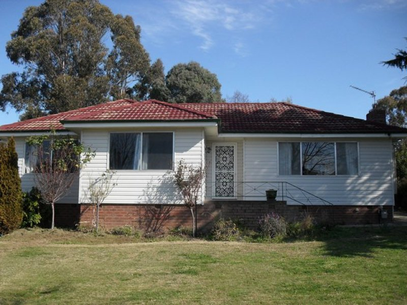 67 Lynch Street, Adelong, NSW 2729