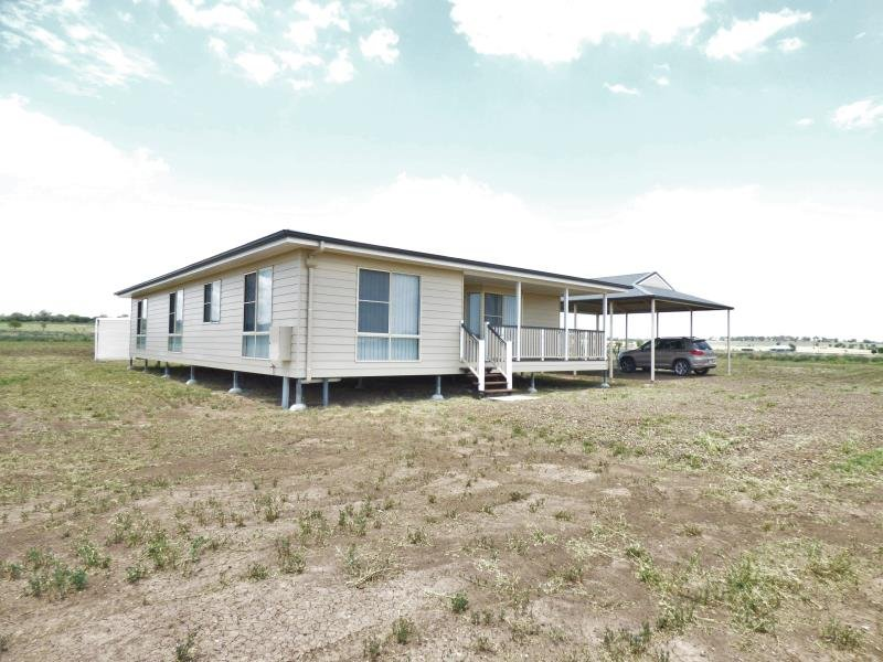 1 Schick Road, Pittsworth, Qld 4356